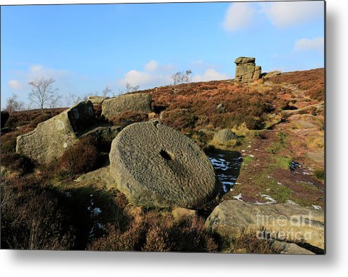 Mother Cap Metal Print featuring the photograph View Of The Mother Cap Gritstone Rock Formation, Millstone Edge by Dave Porter