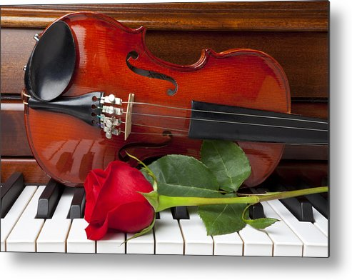 Violin Metal Print featuring the photograph Violin With Rose On Piano by Garry Gay
