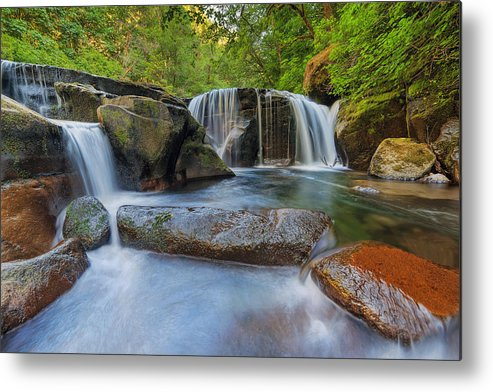 Sweet Creek Falls Trail Complex Metal Print featuring the photograph Waterfalls At Sweet Creek Falls Trail by David Gn