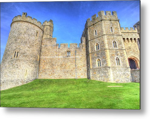 Windsor Castle Metal Print featuring the photograph Windsor Castle by David Pyatt