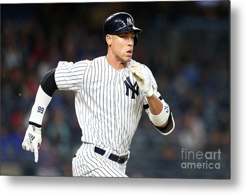 Three Quarter Length Metal Print featuring the photograph Kansas City Royals V New York Yankees 1 by Mike Stobe