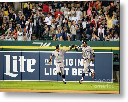 People Metal Print featuring the photograph St. Louis Cardinals V Detroit Tigers 3 by Dave Reginek
