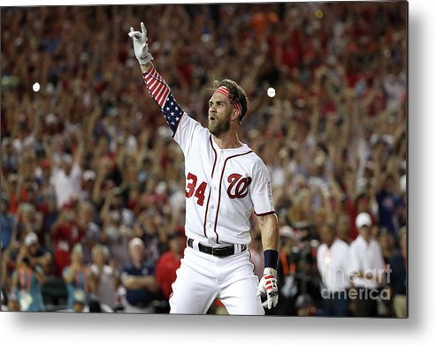 Three Quarter Length Metal Print featuring the photograph T-mobile Home Run Derby 4 by Patrick Smith