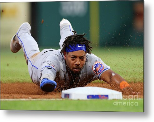 Baseball Catcher Metal Print featuring the photograph New York Mets V Philadelphia Phillies by Rich Schultz