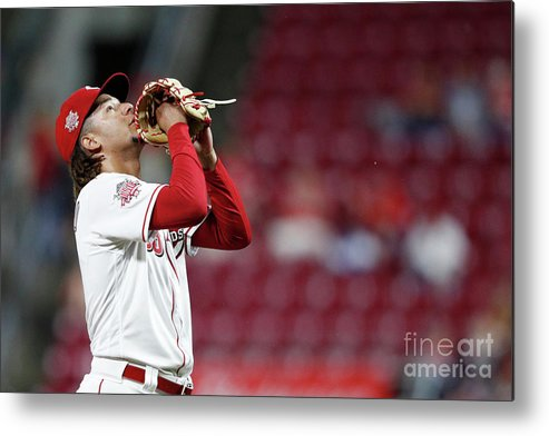 Great American Ball Park Metal Print featuring the photograph Luis Castillo by Joe Robbins