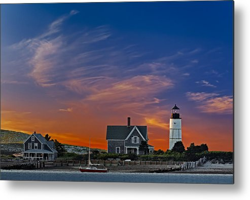 Cape Cod Metal Print featuring the photograph Sandy Neck Lighthouse by Susan Candelario