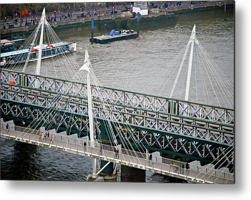 Britain Metal Print featuring the photograph Hungerford Bridge by Christi Kraft