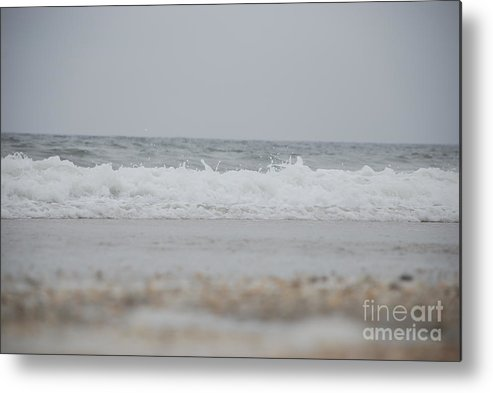 Waves Metal Print featuring the photograph Splash by Diane Fiore