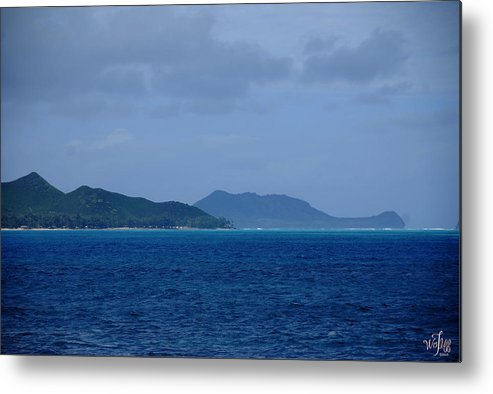 Seascape Metal Print featuring the photograph Hawaii by Thea Wolff