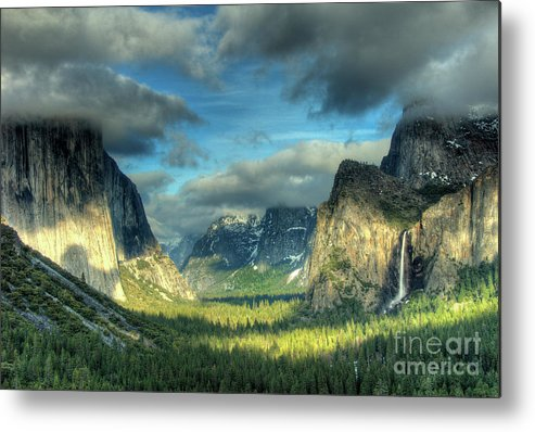 Yosemite Valley Metal Print featuring the photograph Yosemite Valley by Marc Bittan