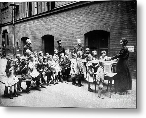 20th Century Metal Print featuring the photograph Berlin: Salvation Army by Granger