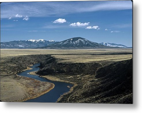 Landscape Metal Print featuring the photograph Gorge Beginning by Lynard Stroud