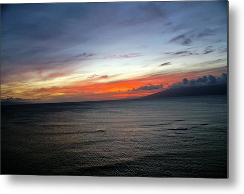 Sunset Metal Print featuring the photograph Hawaii Sunset by Louie Hooper