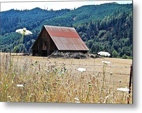 Landscape Metal Print featuring the photograph Oregon Barn by Wayne Marsh