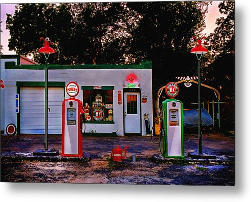 Gas Station Metal Print featuring the photograph Sinclair by Steve Karol