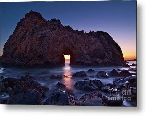Arch Rock Metal Print featuring the photograph The Portal - Sunset On Arch Rock In Pfeiffer Beach Big Sur In California. by Jamie Pham