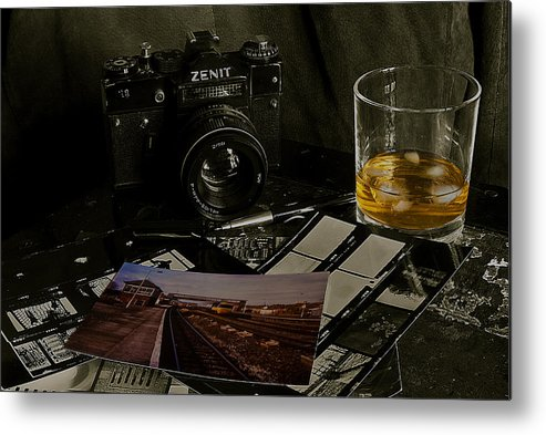 Zenit Metal Print featuring the photograph The Zenit by Rob Hawkins