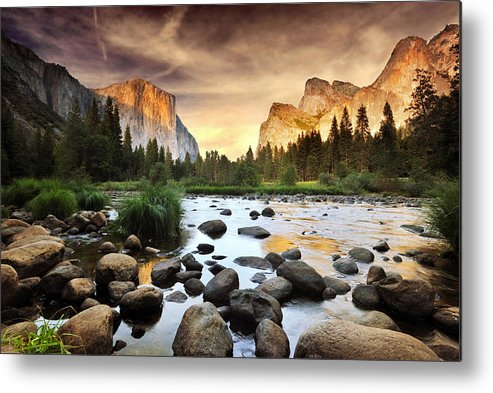 Horizontal Metal Print featuring the photograph Valley Of Gods by John B. Mueller Photography