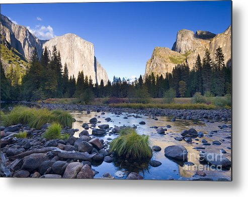 Yosemite Valley Metal Print featuring the photograph Yosemite Valley by Justin Foulkes