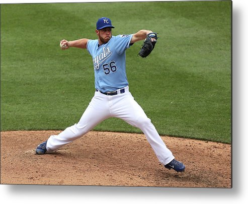 Ninth Inning Metal Print featuring the photograph New York Yankees V Kansas City Royals 2 by Ed Zurga