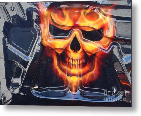 2005 Dodge Magnum Emblem Metal Print featuring the photograph 2005 Dodge Magnum Emblem by John Telfer