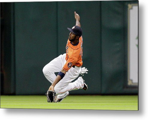 American League Baseball Metal Print featuring the photograph Dexter Fowler by Bob Levey