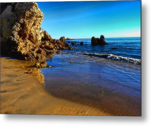 Corona Del Mar Beach Metal Print featuring the photograph Inspiration Point California by Gina Cordova