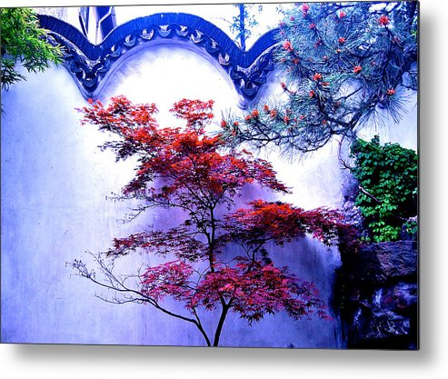 Autumn Flame Metal Print featuring the photograph Red by HweeYen Ong