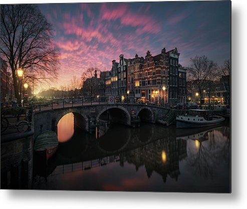 Amsterdam Metal Print featuring the photograph The Cross by Juan Pablo De