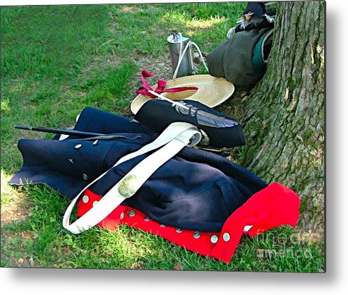 Revolutionery War Photos Metal Print featuring the photograph A Soldier's Things by Julie Dant