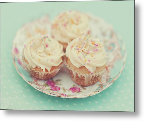 Horizontal Metal Print featuring the photograph Heavenly Cupcakes by Karin A photography