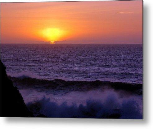 Sun Metal Print featuring the photograph Oregon Sunset by Scott Gould