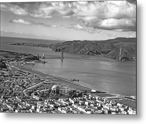 1930s Metal Print featuring the photograph Gg Bridge Under Construction by Underwood Archives