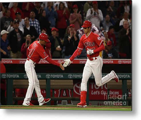 Second Inning Metal Print featuring the photograph New York Yankees V Los Angeles Angels by Victor Decolongon