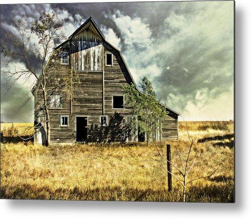 Barns Metal Print featuring the photograph Flatland Farm by John Anderson