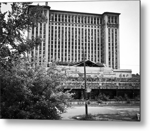 Michigan Central Station Metal Print featuring the photograph Michigan Central Station by Priya Ghose