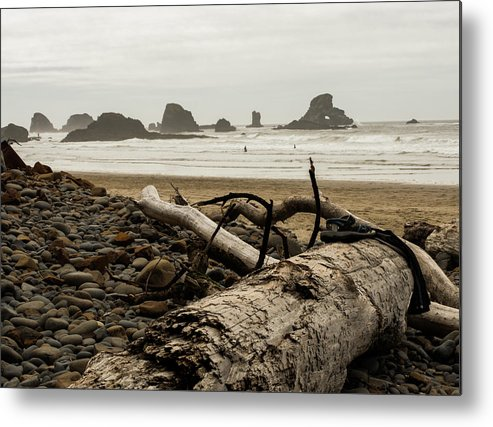 Metal Print featuring the photograph Cannon Beach 2 by Marcel Van der Stroom