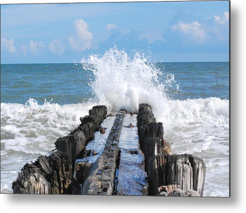 Seascape Metal Print featuring the photograph Waves Of Time by Trudi Southerland