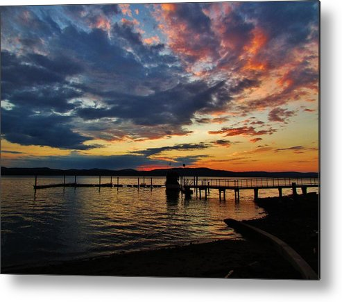 Landscapes. Hudson River Metal Print featuring the photograph Hudson Dawn by Thomas McGuire