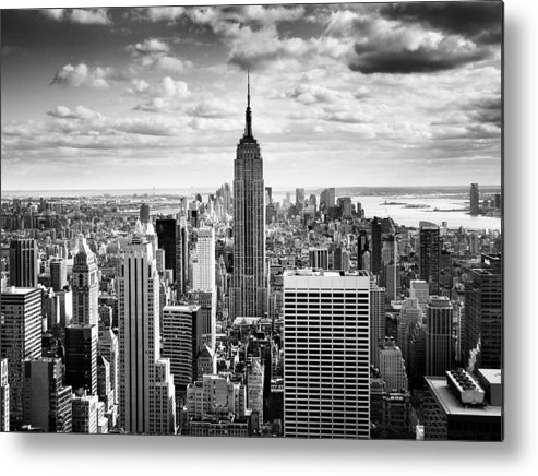 New Metal Print featuring the photograph Nyc Downtown by Nina Papiorek