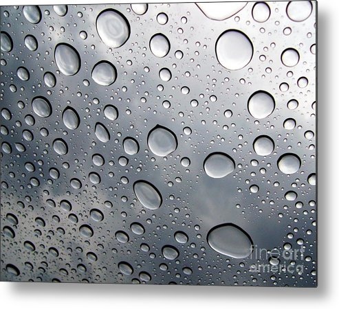 Rain Metal Print featuring the photograph Raindrops by Kenna Westerman