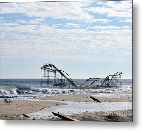Landscape Metal Print featuring the photograph The Jetstar by Sami Martin