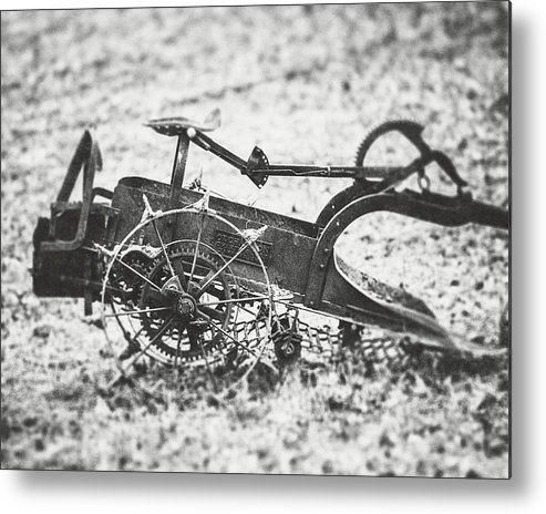 Black And White Metal Print featuring the photograph Abandoned Bw by Lisa Russo