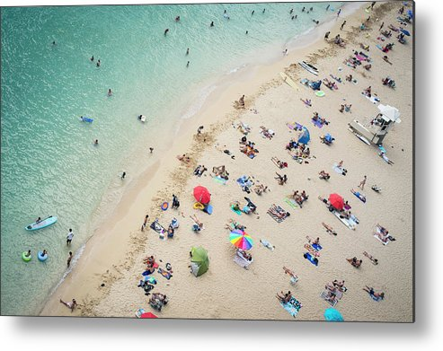 Honolulu Metal Print featuring the photograph Aerial View Of Tourists On Beach by Alberto Guglielmi