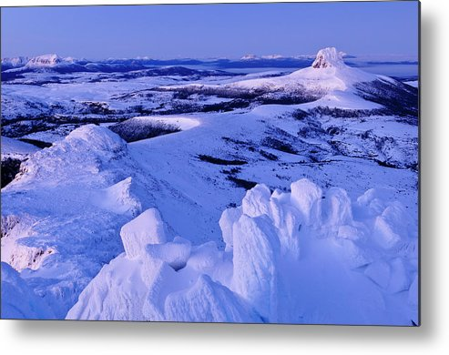 Dawn Metal Print featuring the photograph Barn Bluff And Mountains On Route Of by Grant Dixon