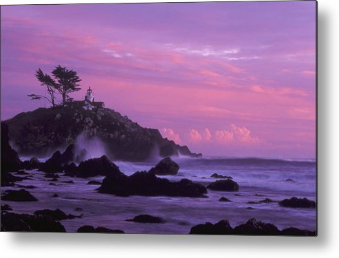 Battery Point Metal Print featuring the photograph Battery Point by Ken Dietz