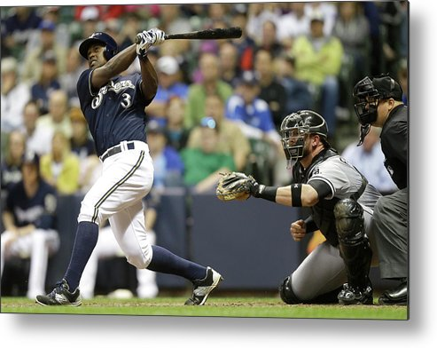 American League Baseball Metal Print featuring the photograph Chicago White Sox V Milwaukee Brewers by Mike Mcginnis