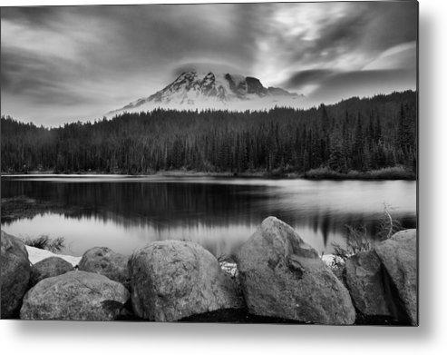 Mount Rainier Metal Print featuring the photograph Cloud Show by Manju Shekhar