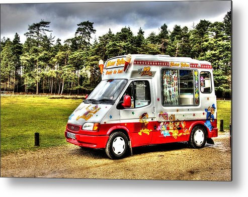 Ice Cream Metal Print featuring the photograph Ice Cream in the New Forest by Peggy Berger