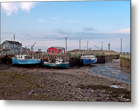 Low Tide Metal Print featuring the photograph Low Tide At Harbourville Nova Scotia by Brian Chase